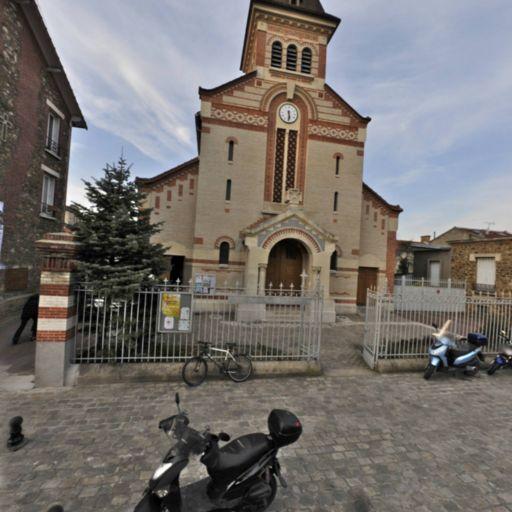 Eglise Notre Dame du Sacré Coeur de Charentonneau - Église catholique - Maisons-Alfort