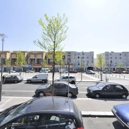 Parking Orme à Martin - Parking - Évry-Courcouronnes