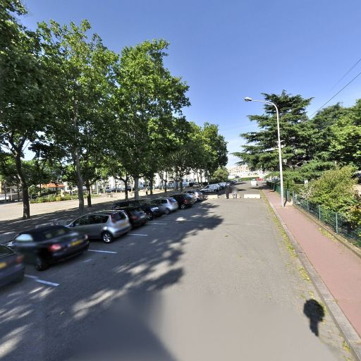 Parking Ennemond Romand - Parking - Vénissieux