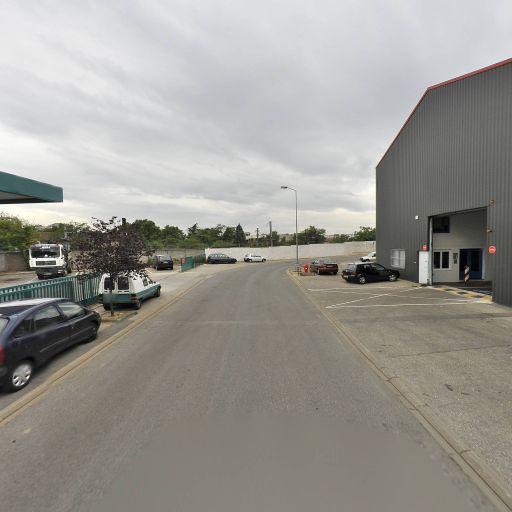 Lcs - Garage automobile - Vénissieux