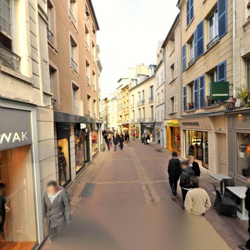 Dim - Vêtements femme - Saint-Germain-en-Laye