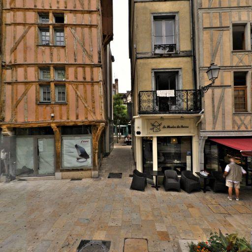 Place du Marché-au-Pain - Attraction touristique - Troyes
