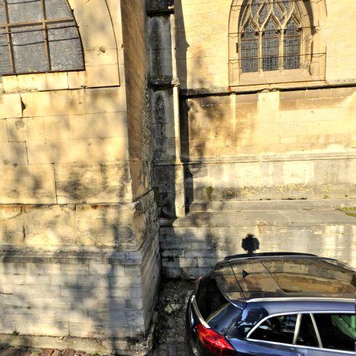 Église Saint-Michel de Vaucelles - Attraction touristique - Caen