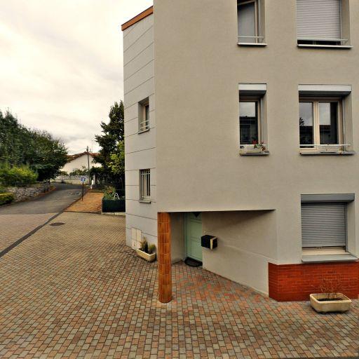Agence Clermontoise De Nettoyage - Ménage et repassage à domicile - Clermont-Ferrand