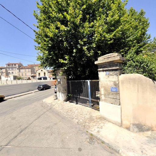 Xv De La Bonne Mere - Matériel de manutention et levage - Marseille