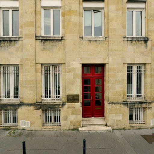 De Lagausie Charlotte - Avocat spécialiste en droit de l'immobilier - Bordeaux