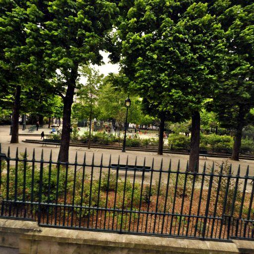Parc Des Épinettes - Parc et zone de jeu - Paris