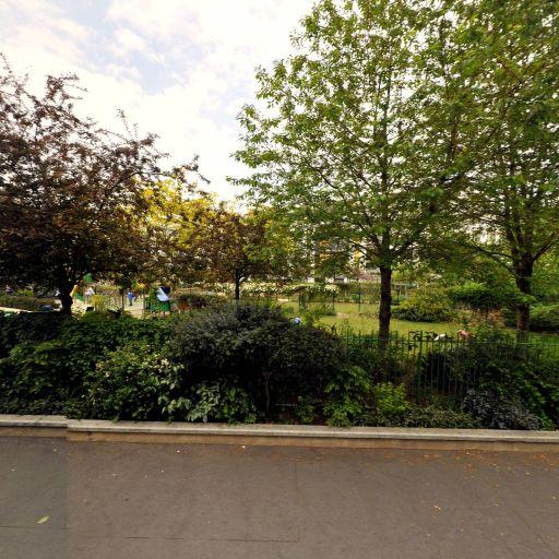 Square De La Moskova - Parc et zone de jeu - Paris