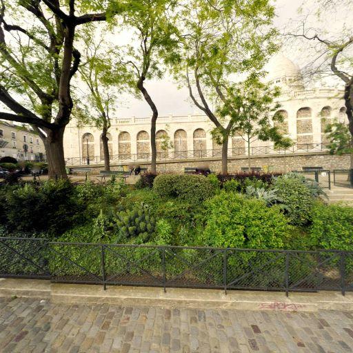 Square Nadar - Parc et zone de jeu - Paris