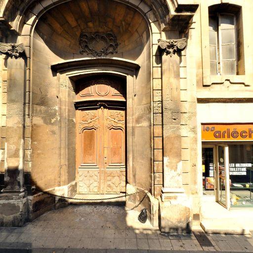 École du Lau - Attraction touristique - Arles