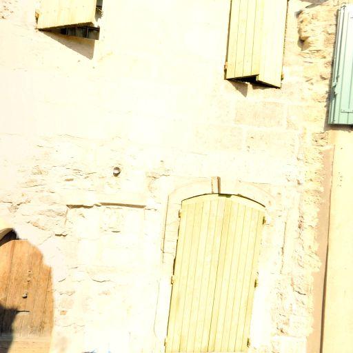 Ben Dafi Aïcha - Enseignement pour les professions artistiques - Arles