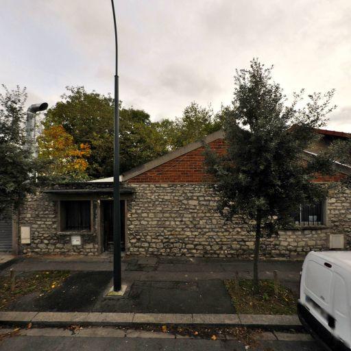 Stuk - Graveur - Saint-Maur-des-Fossés
