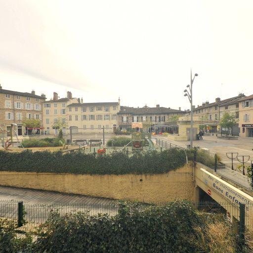 Parking Bons Enfants - Parking - Bourg-en-Bresse