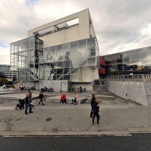 Esplanade Paul Grimault - Parc et zone de jeu - Annecy
