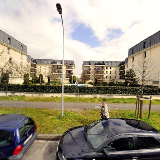 Othello Port De La Lune - Club de jeux de société, bridge et échecs - Bordeaux