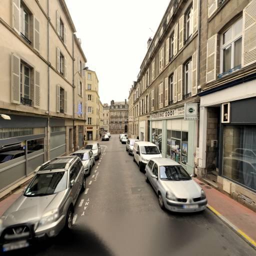 La Valise A Macarons - Pâtisserie - Limoges