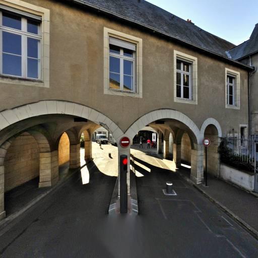Hôtel de l'Échevinage - Attraction touristique - Poitiers