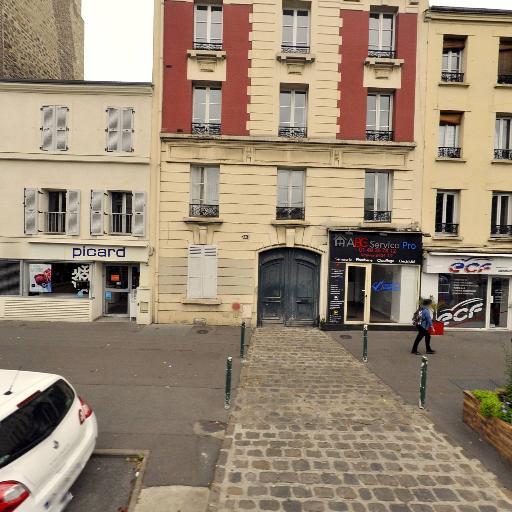 Ayari Montassar - Coursiers - Vincennes