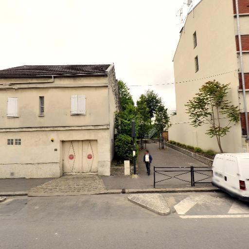 Pharmacie Principale - Pharmacie - Saint-Denis