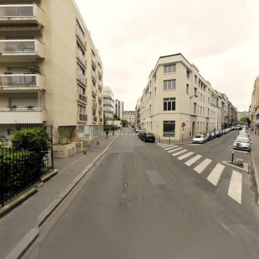 Square Olave Et Robert Baden-Powell - Parc et zone de jeu - Paris
