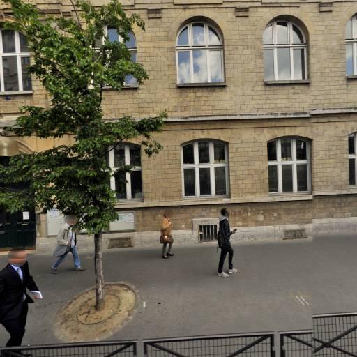 Academie De Football De Boursault Adfdb - Club de sports d'équipe - Paris