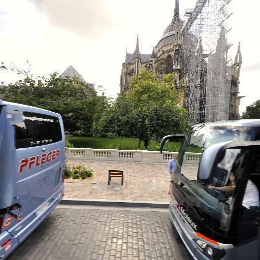 Parking Cathédrale / 2 - Parking - Reims