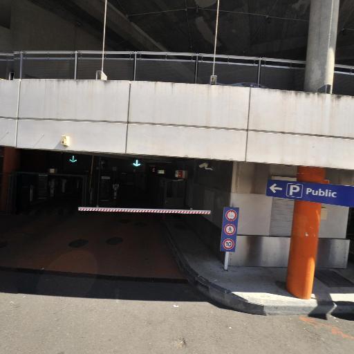 Parking Gare SNCF de Saint Étienne Chateaucreux - Parking - Saint-Étienne