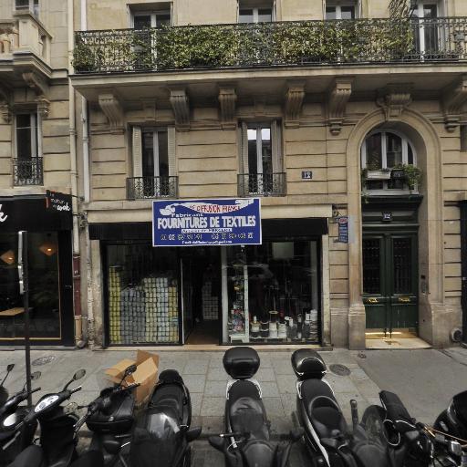 Ds Diffusion France - Fabrication de tissus - Paris