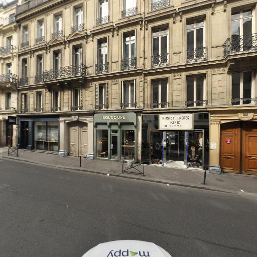 Busios - Fourrures - Paris