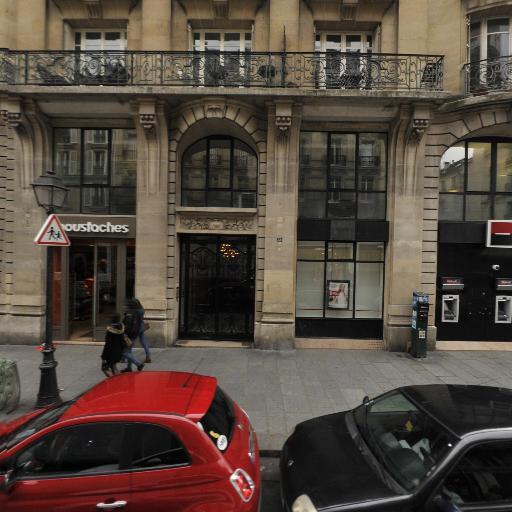 G. Pub Concept - Parfumerie - Paris