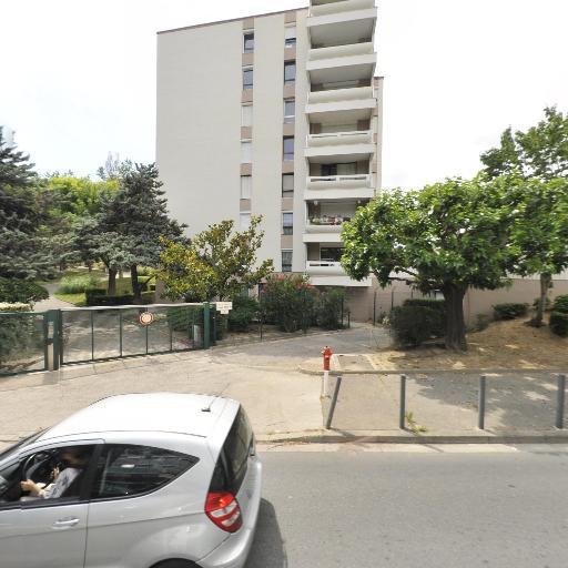 Delfo Angela - Coiffeur à domicile - Marseille
