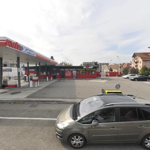 Avia Thevenin & Ducrot - Station-service - Colmar