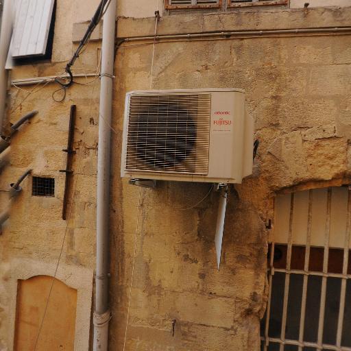 Pylones - Cadeaux - Aix-en-Provence
