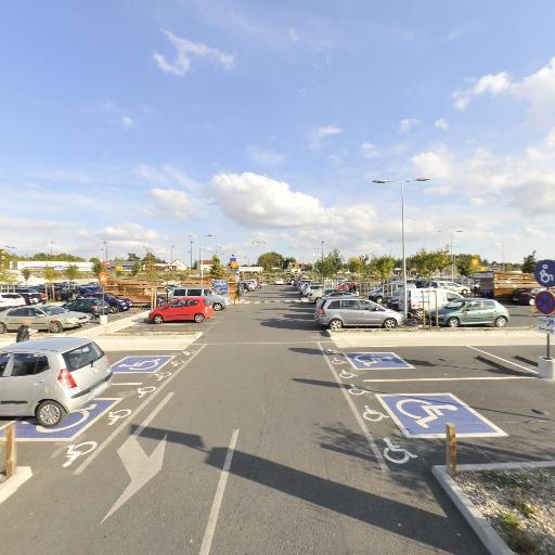 Parking Carrefour - Parking - Bourges