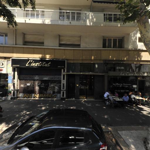 La Cour Des Demoiselles - Restaurant - Marseille