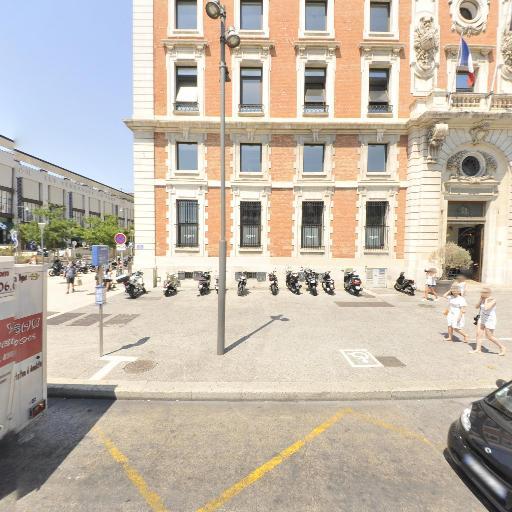 Crédit Agricole Alpes Provence Marseille Les Docks - Banque - Marseille