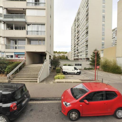 Charreton Jean Pierre - Conseil, services et maintenance informatique - Villeurbanne