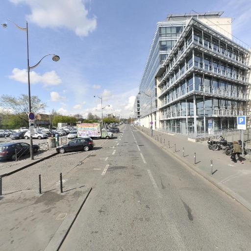 Marché aux puces de la porte de Montreuil - Halles et marchés - Paris