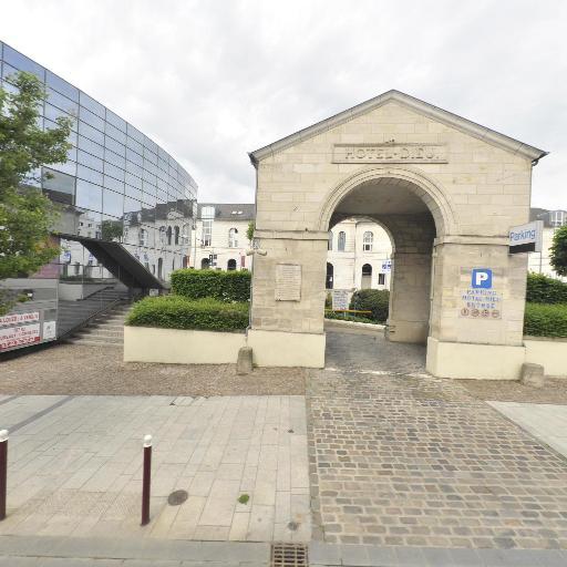 Parking Hôtel Dieu - Parking - Beauvais