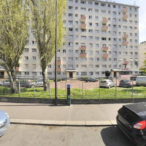 Tiet Abdelhamid - Chauffeur d'automobiles - Paris