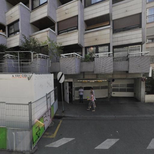 Avis - Location d'automobiles avec chauffeur - Paris