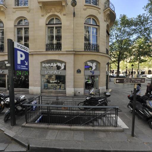 Pierre Charron Champs-Elysées - Parking - Paris
