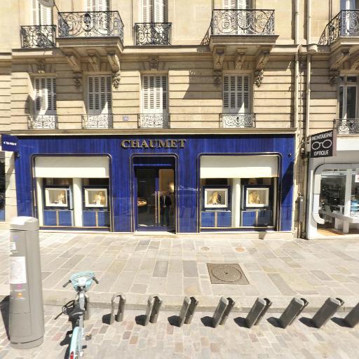 Station Vélib' François 1er - Lincoln - Vélos en libre-service - Paris