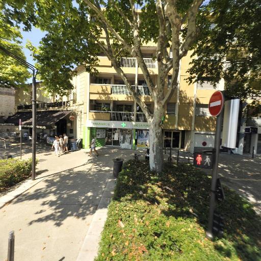 Pharmacie De La Fontaine - Pharmacie - Nîmes