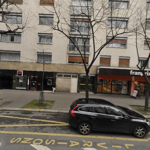 Univers Tours - Location d'automobiles avec chauffeur - Paris