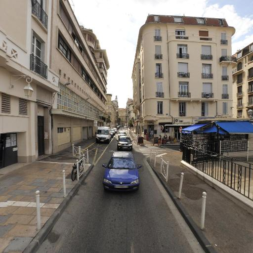 Brecqueville Carrère Constant Lombard Pouts-Lajus Sans SCM - Gastro-entérologue et hépatologue - Toulon